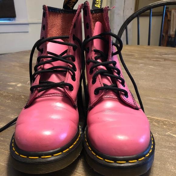nuovo di zecca 2de37 4f05f Pink Doc Martens 37